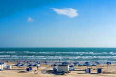"""Пляж в районе БО """"Белый Лебедь"""""""