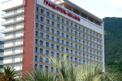Отель Гранд Абхазия - автобусный тур из Рязани в Абхазию