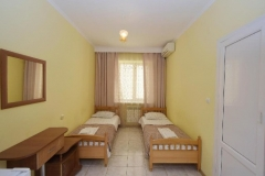 Номер с раздельными кроватями Натела - автобусный тур в Кабардинку из Рязани