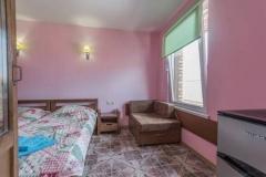 Вид номера_гостевой дом Прованс_автобсуный тур в Дивноморское из Рязани